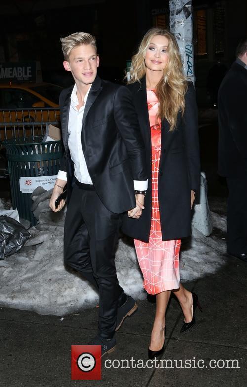 Cody Simpson and Gigi Hadid 6