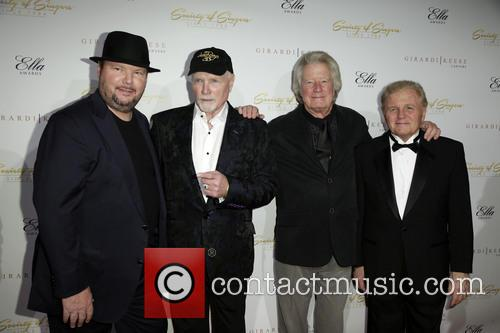 Christopher Cross, Mike Love, Dean Torrence and Bruce Johnston 4