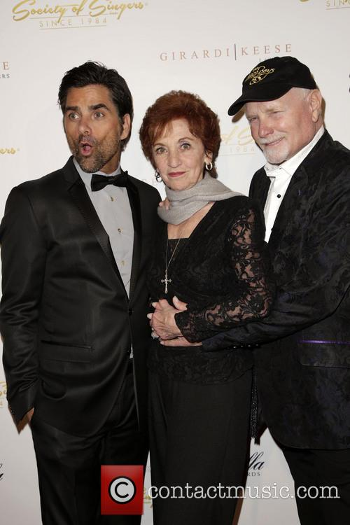 John Stamos, Loretta Stamos and Mike Love 7
