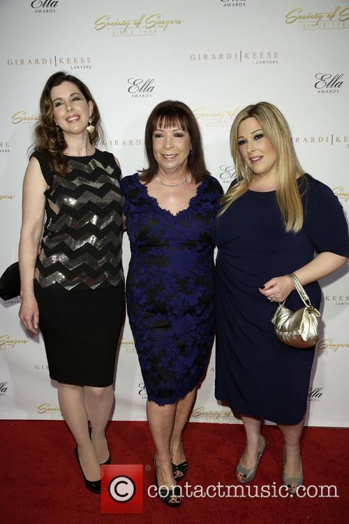 Wendy Wilson, Marilyn Rovell and Carnie Wilson 3