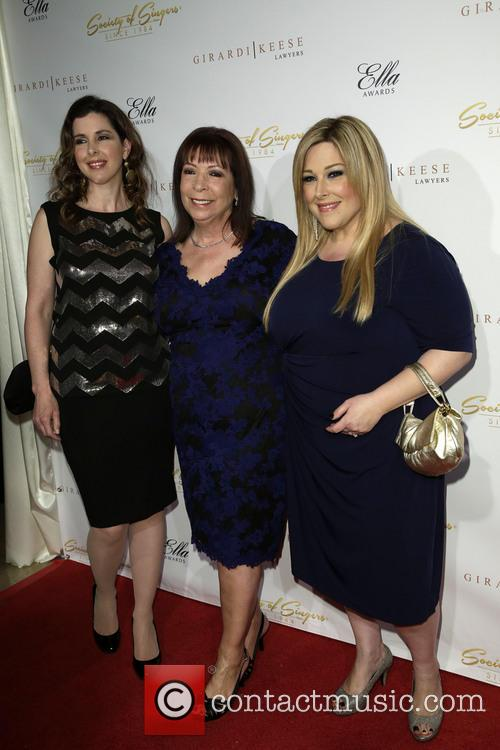 Wendy Wilson, Marilyn Rovell and Carnie Wilson 6