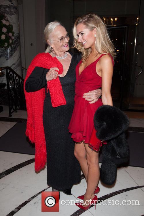 Shirley Eaton and Kimberley Garner 4