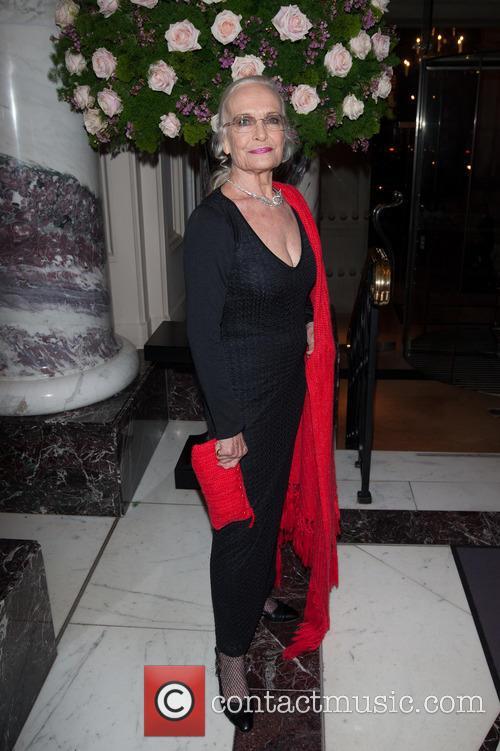 Shirley Eaton 3