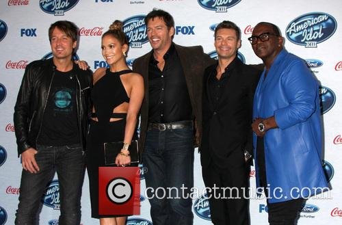 Keith Urban, Jennifer Lopez, Harry Connick Jr, Ryan Seacrest and Randy Jackson 1