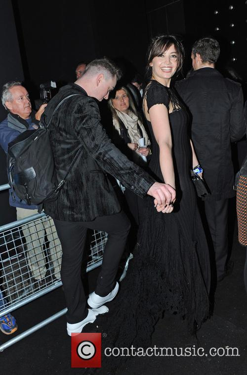 Daisy Lowe and John Newman 9