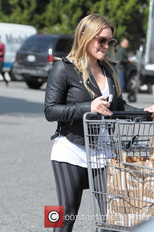 Hilary Duff 53