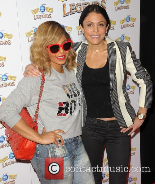 Ashanti and Bethenny Frankel 9