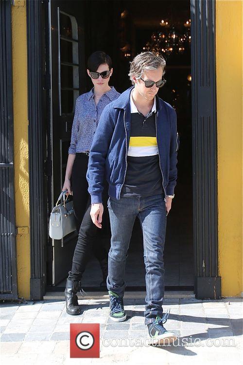 Anne Hathaway and Adam Shulman 10
