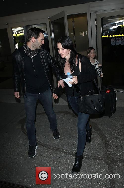 Johnny Mcdaid and Courteney Cox 6