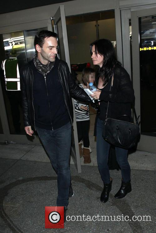 Johnny Mcdaid and Courteney Cox 9