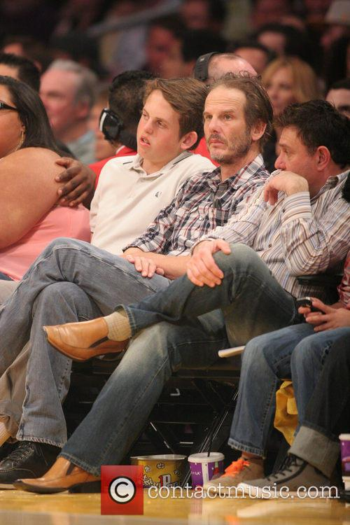 Celebrities courtside at the Lakers game