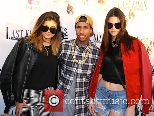 Kylie Jenner, Tyga and Kendall Jenner 5