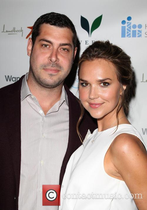 Arielle Kebbel and Guest 3