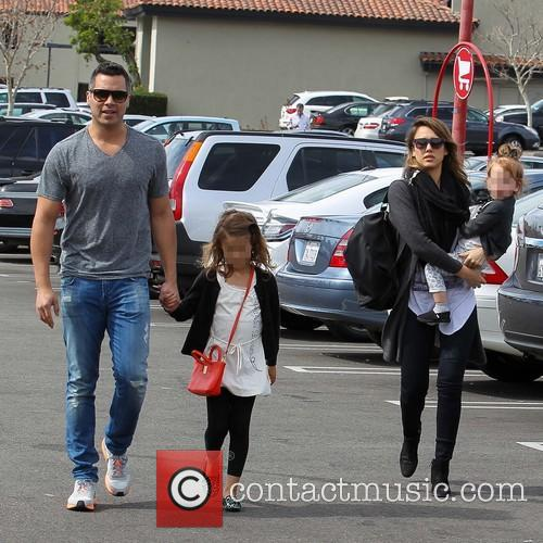 Jessica Alba, Cash Warren, Haven Warren and Honor Warren 8