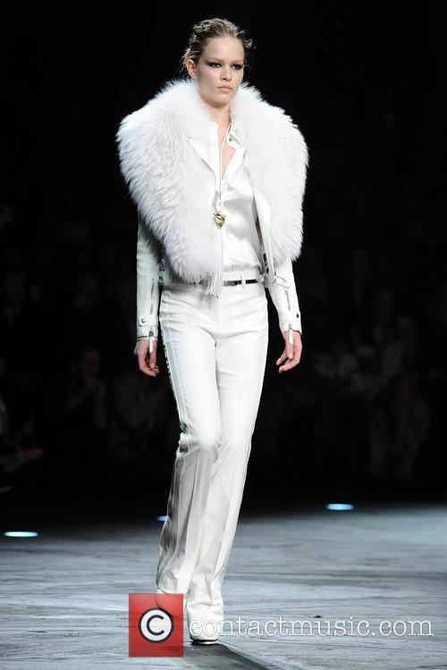 roberto cavalli fashion bloggers