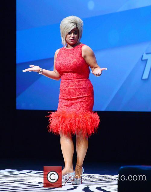 Theresa Caputo 7