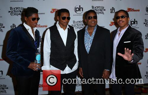 Jermaine Jackson, Jackie Jackson, Tito Jackson and Marlon Jackson 6