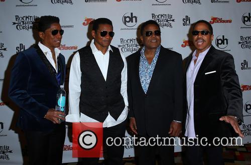 Jermaine Jackson, Jackie Jackson, Tito Jackson and Marlon Jackson 11