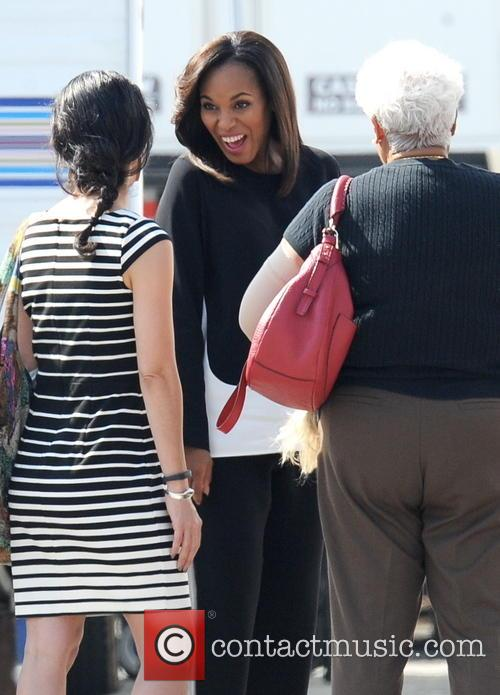 Kerry Washington and Valerie 12
