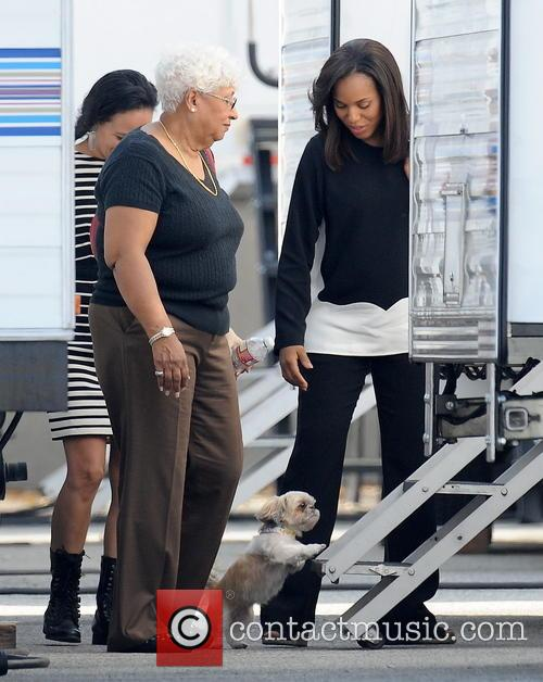 Kerry Washington and Valerie 14
