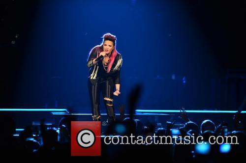 Demi Lovato 19