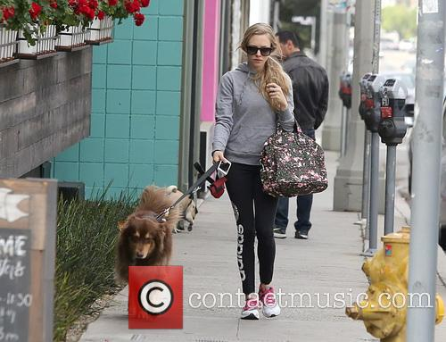 Amanda Seyfried and Finn 5