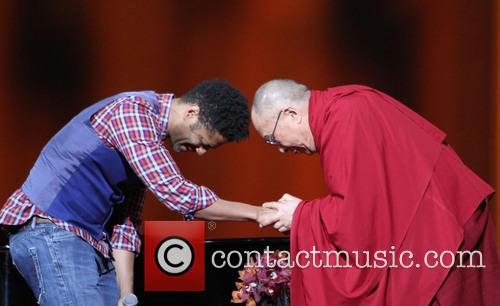 Eric Benet and His Holiness The 14th Dalai Lama 7