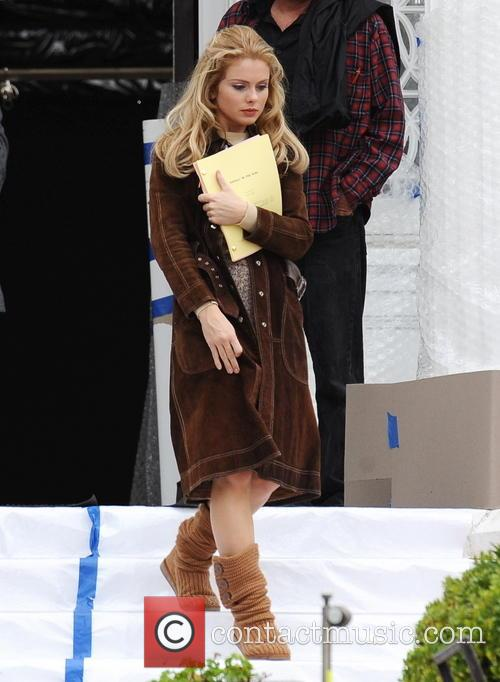 "Heather Graham filming ""Petals In The Wind"""