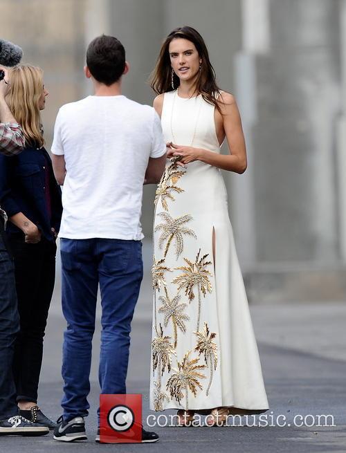 Alessandra Ambrosio 21
