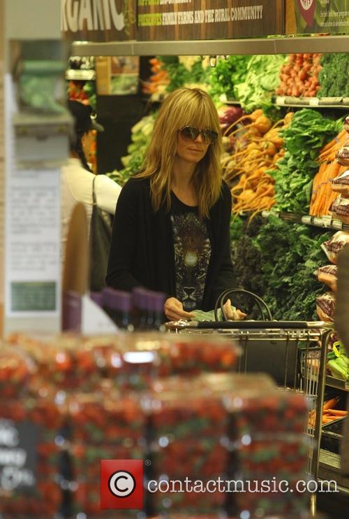 Heidi Klum shopping at Whole Foods