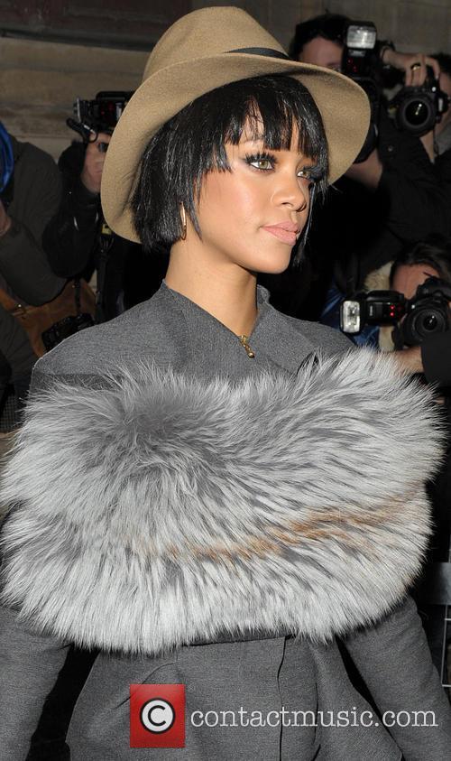 Rihanna arriving at the Lanvin Fahion Show