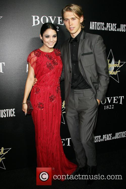 Vanessa Hudgens and Austin Butler 2