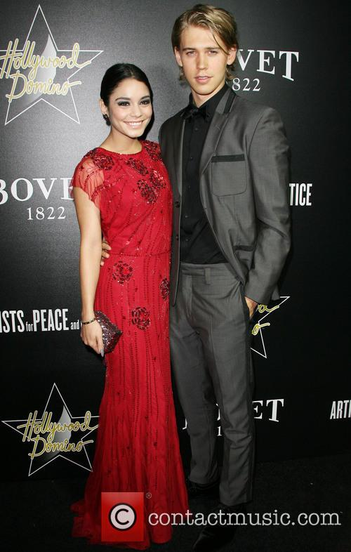 Vanessa Hudgens and Austin Butler 5