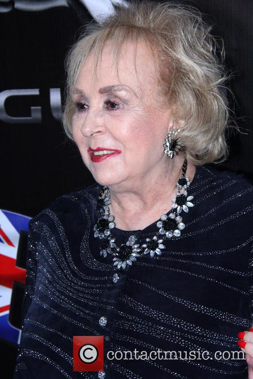 Doris Roberts 6
