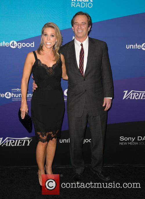 Cheryl Hines and Robert F. Kennedy Jr. 8