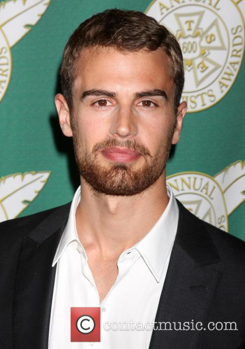 Theo James, Beverly Wilshire Hotel