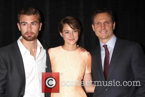 Theo James, Shailene Woodley and Tony Goldwyn 4