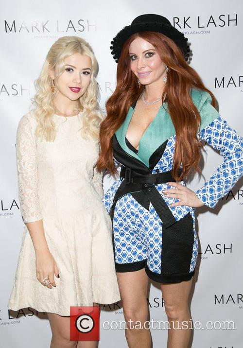 Mika Newton and Phoebe Price 3