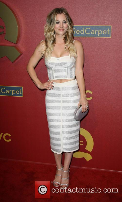 kaley cuoco qvc red carpet style cocktail 4090656