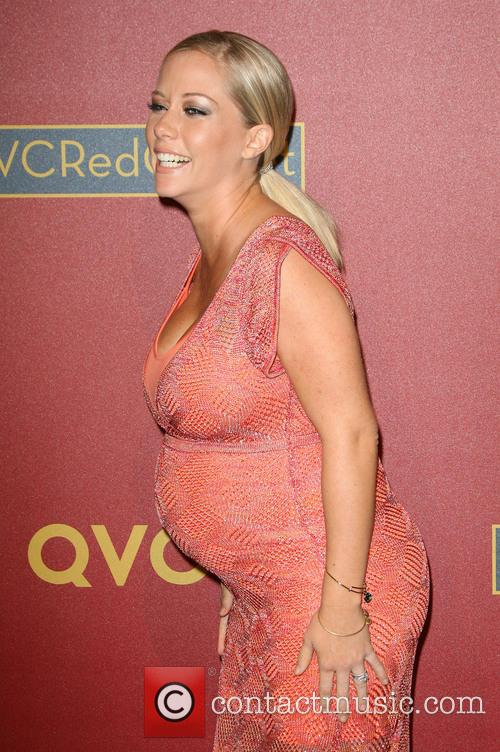 Kendra Wilkinson, Four Seasons Hotel Los Angeles at Beverly Hills