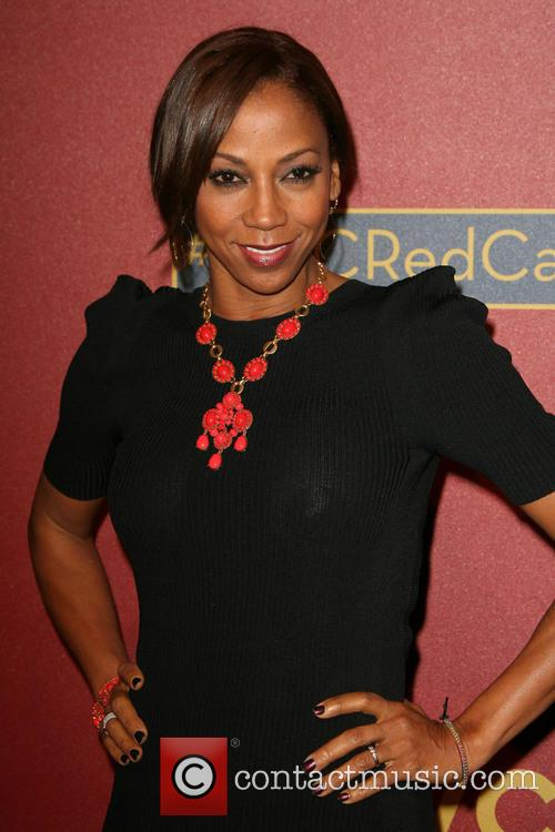 Holly Robinson-peete 1