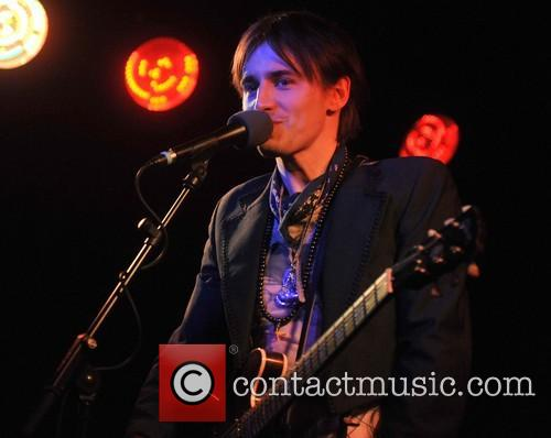 Reeve Carney 3