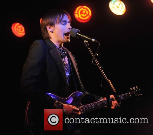 Reeve Carney 4
