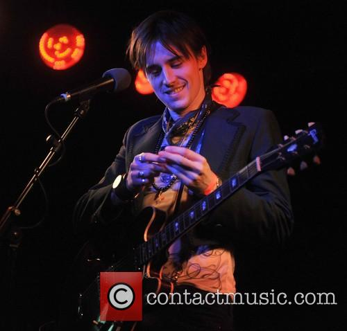 reeve carney reeve carney live at the 4092384