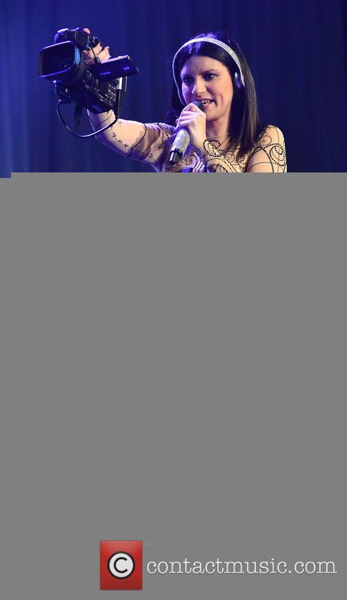 Laura Pausini performs in Miami