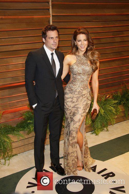 Kate Beckinsale, Her Husband and Director Len Wiseman 6