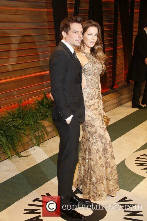 Kate Beckinsale, Her Husband and Director Len Wiseman 7
