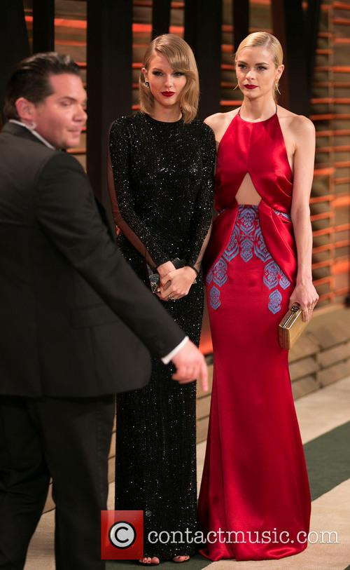 Taylor Swift and Jaime King 9