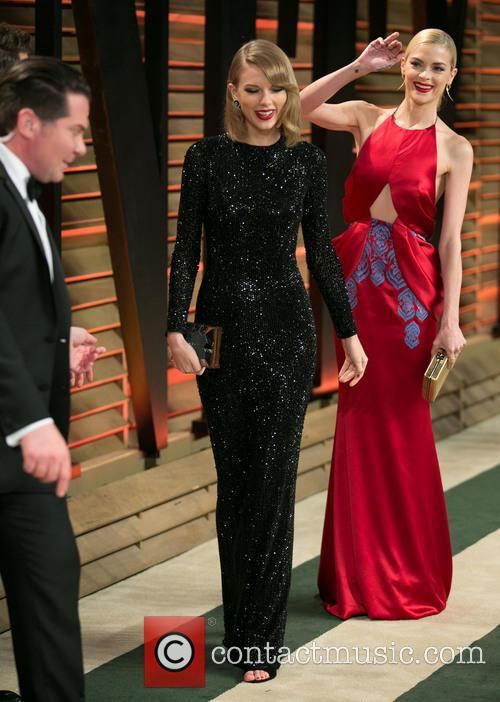 Taylor Swift and Jaime King 10