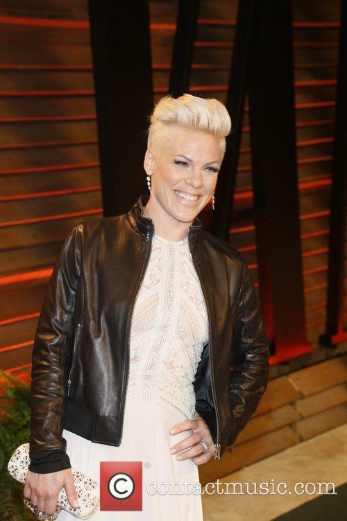 pink celebrities attend 2014 vanity fair oscar 4095859